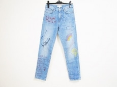 ミラミカッティのジーンズ