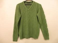 エイエスティーのセーター