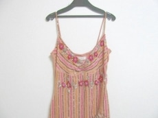 コレットダニガンのドレス