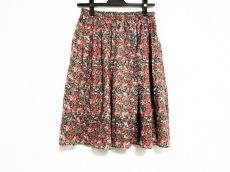クーポールのスカート