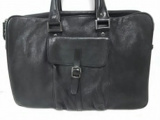 コアジュエルスのビジネスバッグ