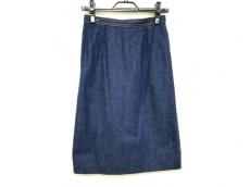 レオナルドのスカート