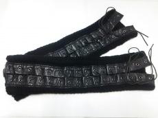 アリスアウアアの手袋