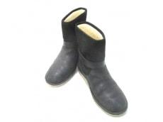 UGG(アグ)/ブーツ
