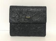 irose(イロセ)の3つ折り財布