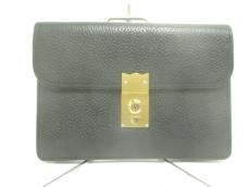 銀座タニザワのセカンドバッグ