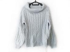 フリーズマートのセーター