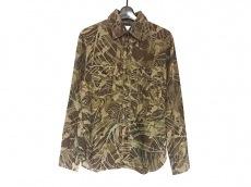 フォレスト クラウドのシャツ