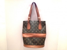 LOUIS VUITTON(ルイヴィトン)のバケットPMのトートバッグ