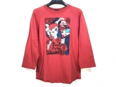 イブキウラノのTシャツ