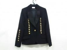 アレクシスマビーユのジャケット