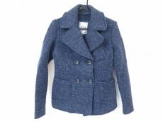 アティピコのコート