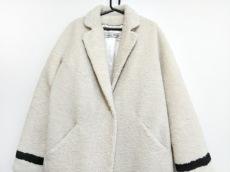 トゥエモントレゾアのコート