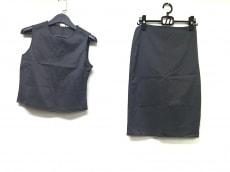 ARMANIEX(アルマーニエクスチェンジ)のスカートセットアップ