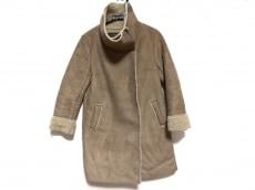 オードリーアンドジョンワッドのコート