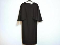 f by fortunaValentino(エフバイフォルトゥーナヴァレンティノ)のドレス