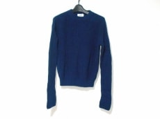 ニードルデザインのセーター