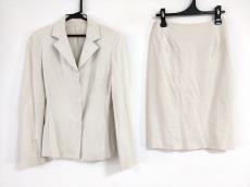STRAWBERRY-FIELDS(ストロベリーフィールズ)のスカートスーツ