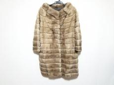 マヴィナのコート