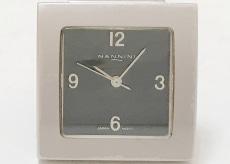 ナンニーニの腕時計