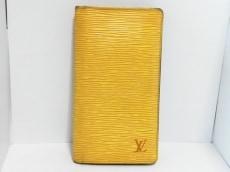 LOUIS VUITTON(ルイヴィトン)のポルト カルト クレディ・円