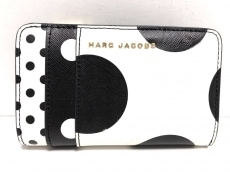 マークバイマークジェイコブスの2つ折り財布