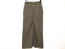 セラドールのスカート