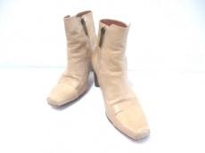 ドゥッチオデルデュカのブーツ