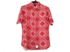 アップルバムのシャツ