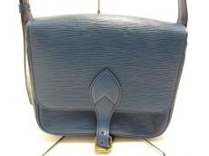 LOUIS VUITTON(ルイヴィトン)のカルトシエールのショルダーバッグ
