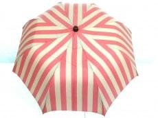 マリア・フランチェスコの傘