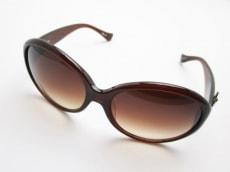 エイチビージーのサングラス