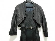 エプリスのワンピーススーツ