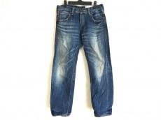 ノックアウトのジーンズ