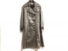 base e nuovo(バーゼエヌオボ)のコート
