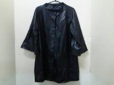 イネスのコート