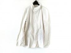 ビリデューエのコート