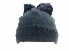 フェデリカモレッティブルーの帽子