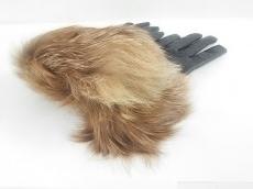ロイスクレヨンの手袋