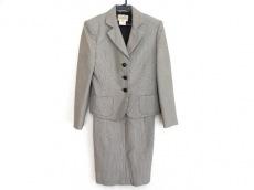 エルメスのワンピーススーツ