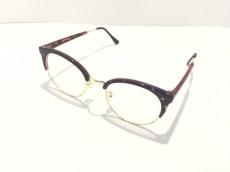 トゥデイフルのサングラス