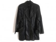 アゴドーロのコート