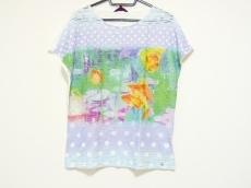 YUKITORII(ユキトリイ)のTシャツ