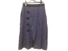アカネ ウツノミヤのスカート