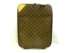 LOUIS VUITTON(ルイヴィトン)のペガス45のキャリーバッグ