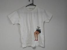 イールのTシャツ