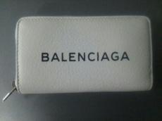 バレンシアガのエブリデイ ジップ コンチネンタル カードケース