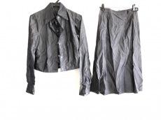 SOFIE D'HOORE(ソフィードール)のスカートスーツ