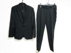 バルーのレディースパンツスーツ