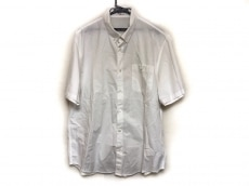 Papas(パパス)のシャツ